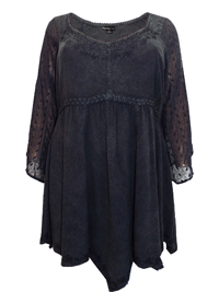 Eaonplus BLACK Empire Renaissance Embroidered Tunic - Plus Size 18 to 32