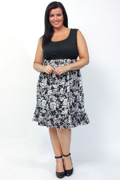eaonplus DUO Black Floral Print Ruffle Hem Jersey Top Dress - Plus Size 18/20 to 30/32