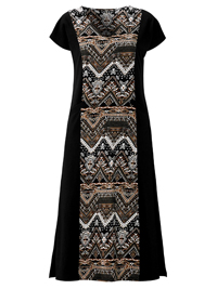 Cellbes BLACK Short Sleeve Panelled Maxi Dress - Plus Size 16/18 to 36/38