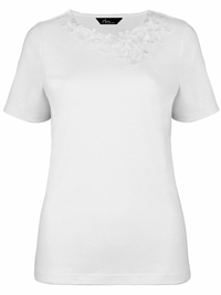 Bonmarché WHITE Asymmetric Floral Lace T-Shirt - Size Small to XLarge
